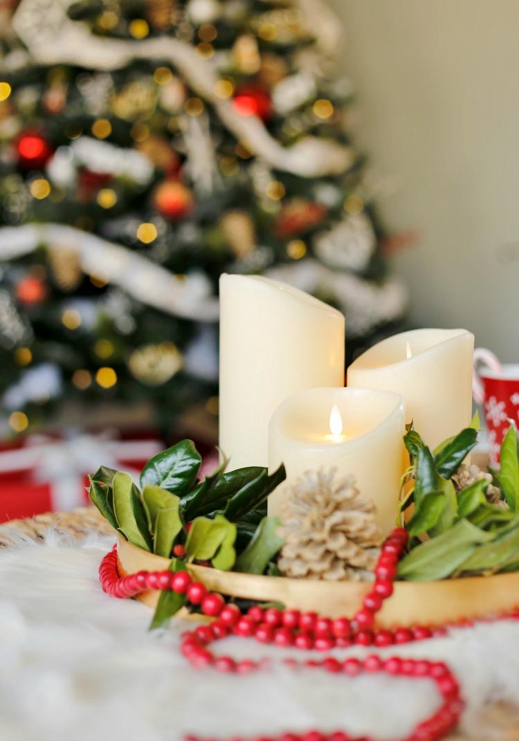 christmas-candle-centerpiece