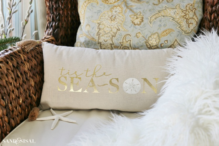 coastal-christmas-pillows