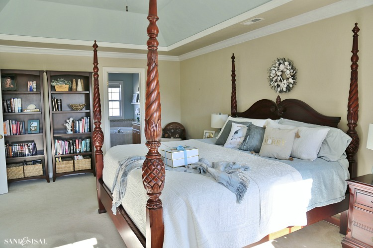 master-bedroom with mahogany four poster bed
