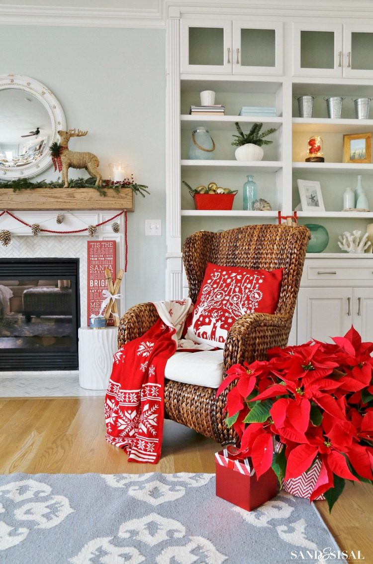 red-and-white-classic-christmas