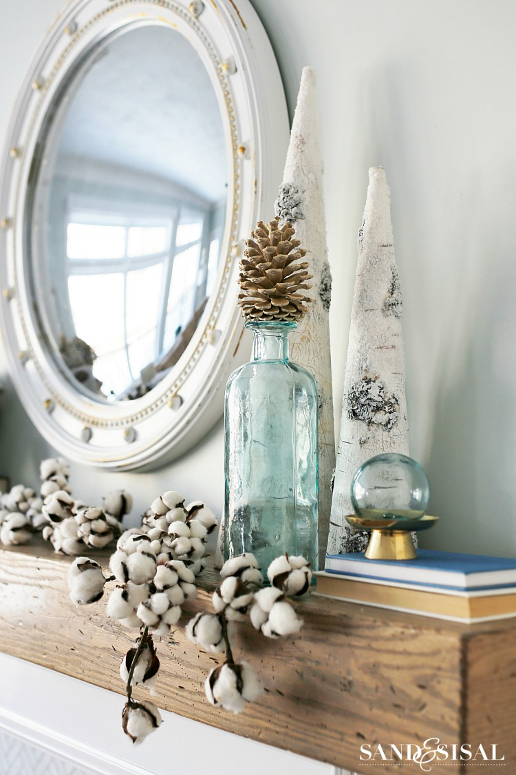 Cozy Winter Mantel - Winter Decorating Ideas