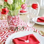 easy-valentine-tablescape