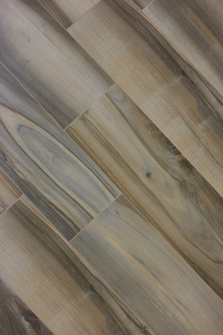 brookwood-silverwood-plank-tile-2