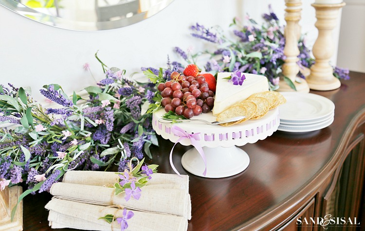 simple-springtime-entertaining-fabulous-faux-florals