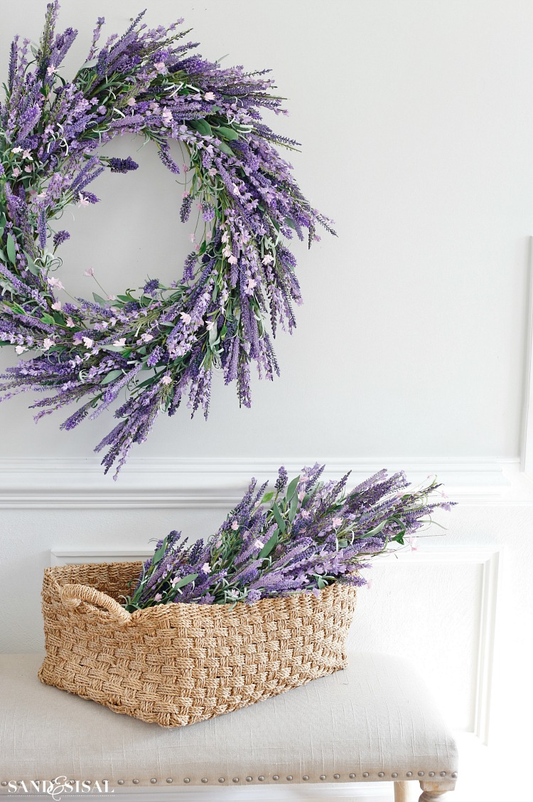 spring-decorating-ideas-faux-lavender-wreath-and-swag
