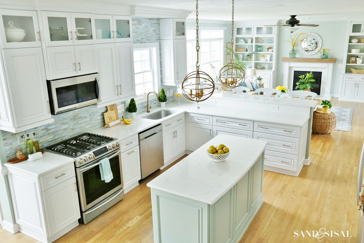 Spring Family Room and Kitchen Tour