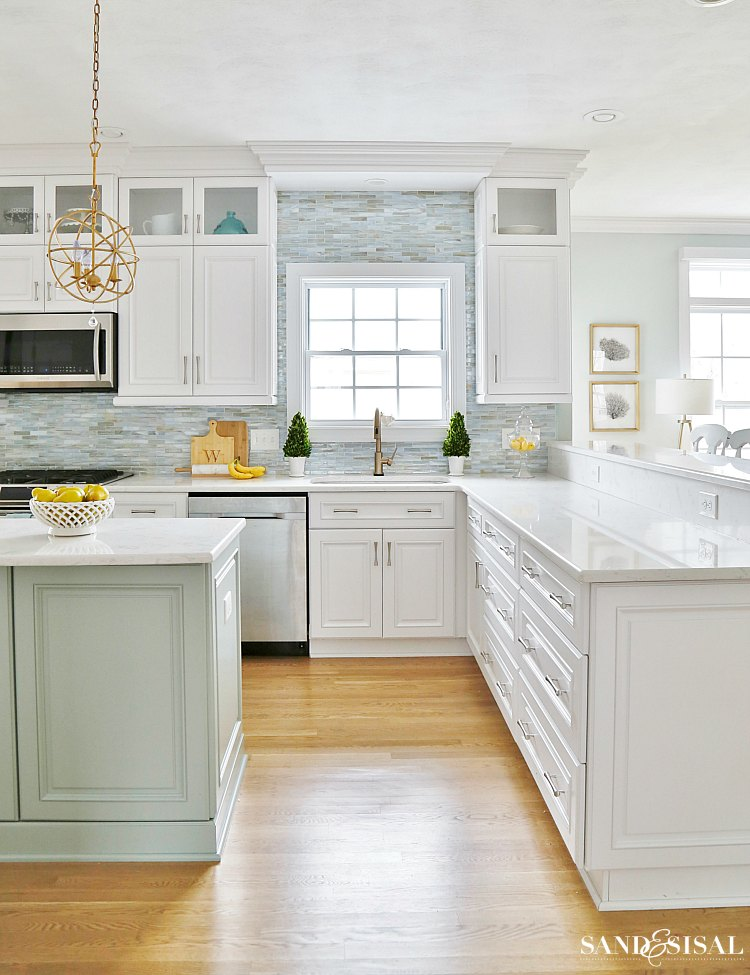 spring-family-room-and-coastal-kitchen-tour