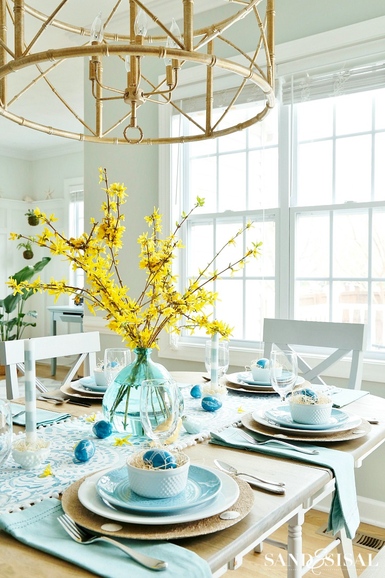 yellow-and-aqua-easter-tablescape