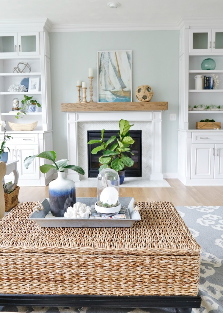 Summer blues coastal family room tour sand and sisal for Summer beach decor