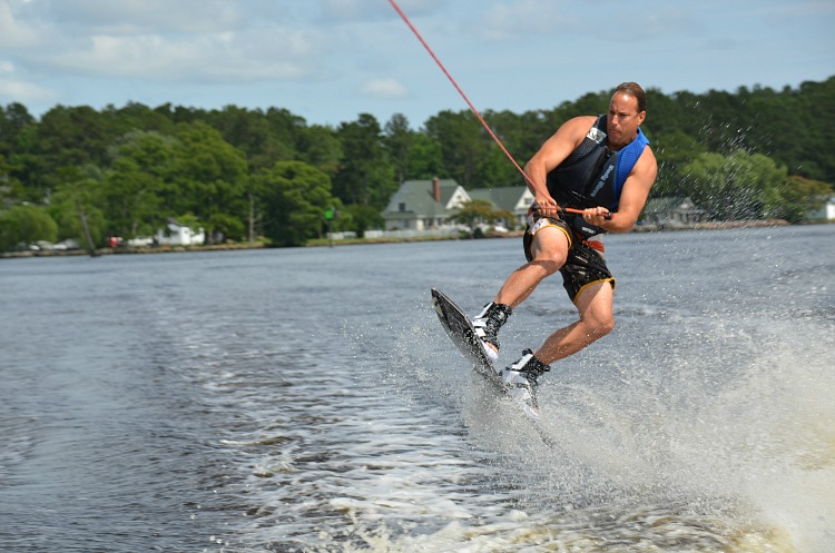 dad-skiing