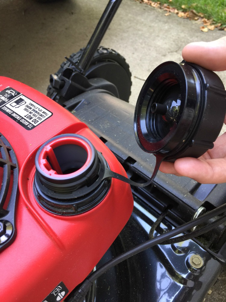 attached-gas-cap