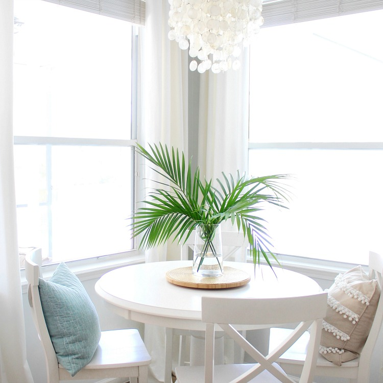 Using Filler In Fluff In Home Decor Making Arrangements: Long Lasting, Easy Decorating With Greenery