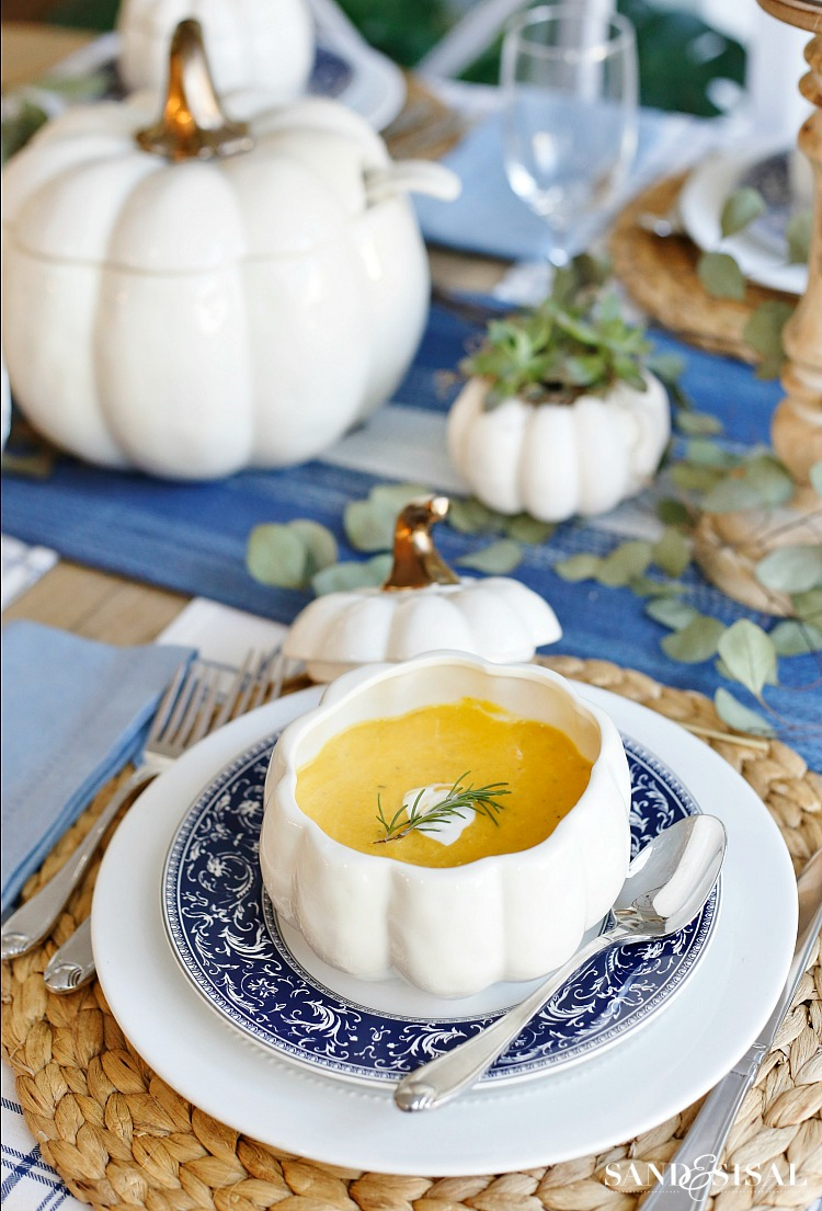 A Blue and White Thanksgiving Tablescape - Roasted Butternut Squash Soup