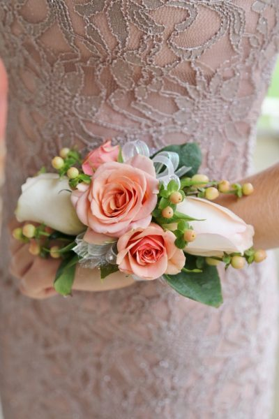 DIY Wrist Corsage for Homecoming or Prom