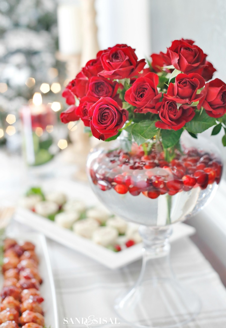 Christmas Centerpiece - Rose and Cranberry Centerpiece