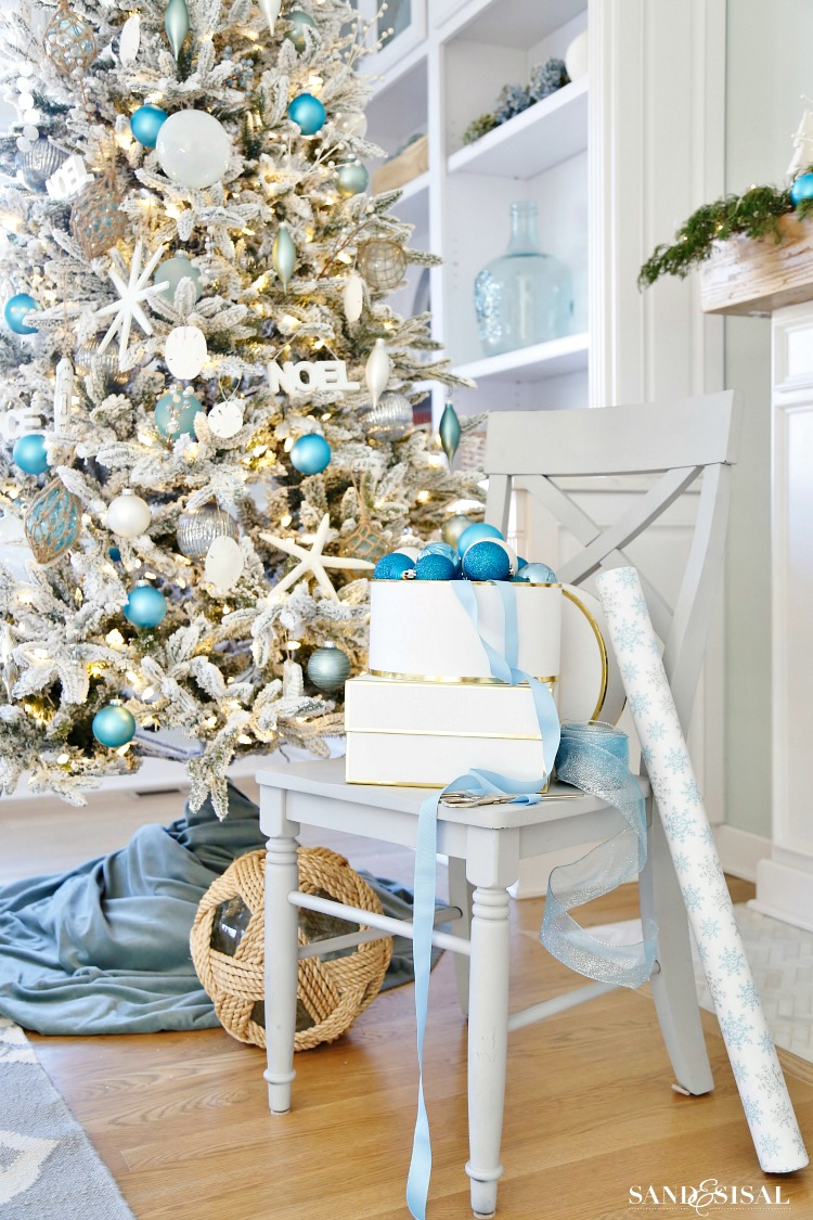 Coastal White Christmas Tree and family room tour. #coastalchristmas #coastal #whiteChristmas #ChristmasTree #CoastalChristmasTree #sandandsisal