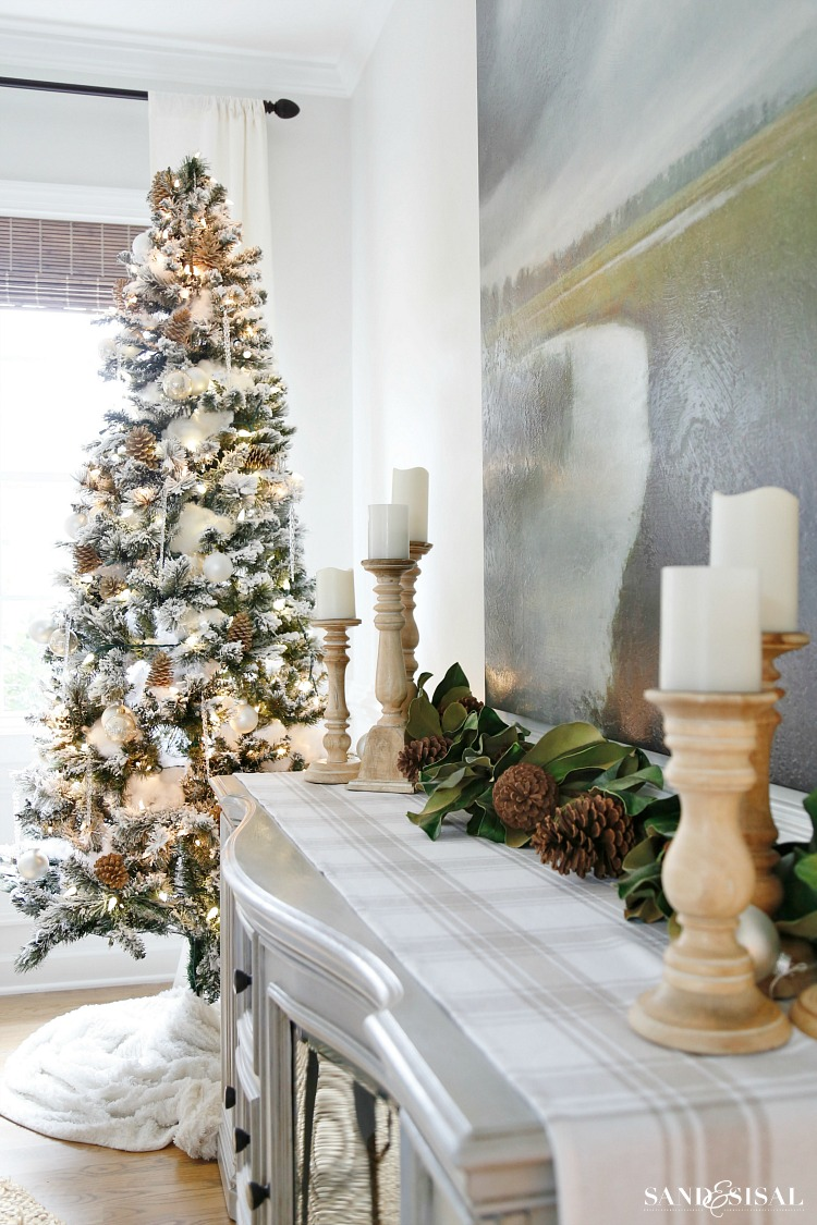 Neutral Christmas Decorating Ideas