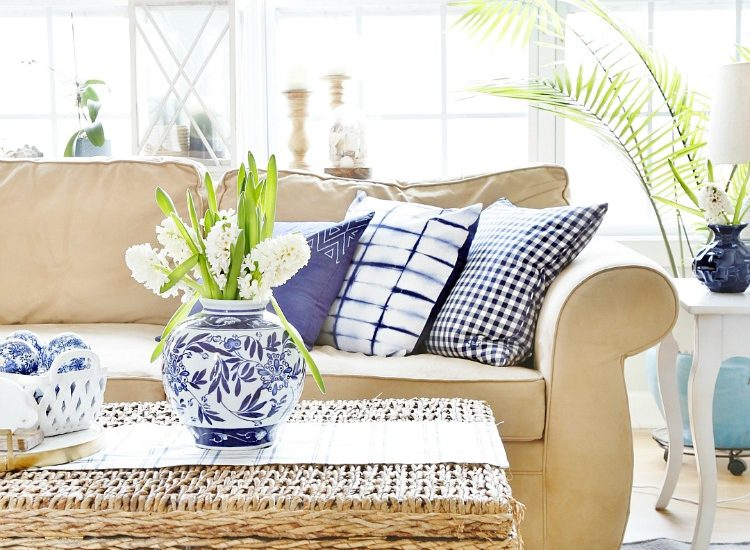 Blue and White Spring Family Room Tour