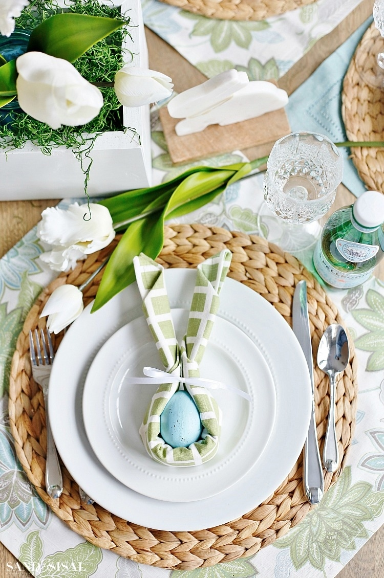Easter Bunny Napkin Fold and Table Setting Idea - Sand and Sisal