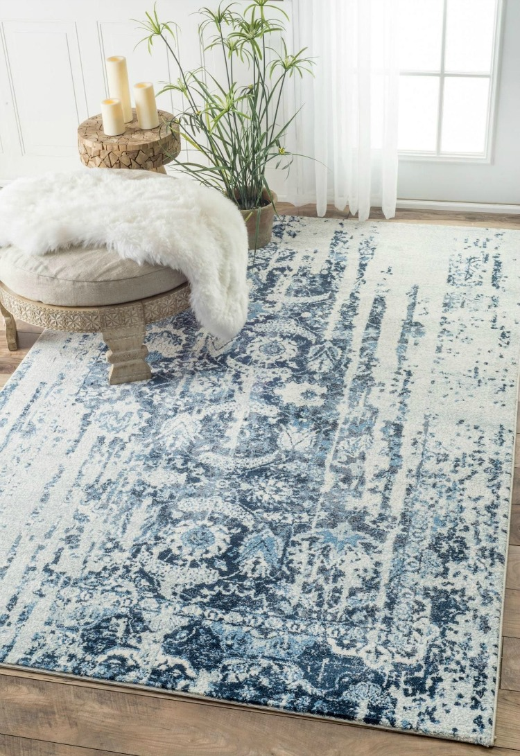NuLoom Muted Flourish Rug