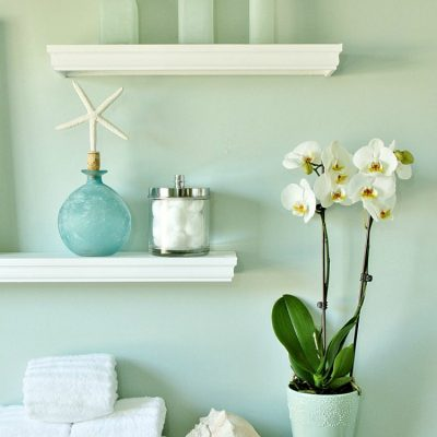 Personalize Blank Walls with DIY Floating Display Shelves