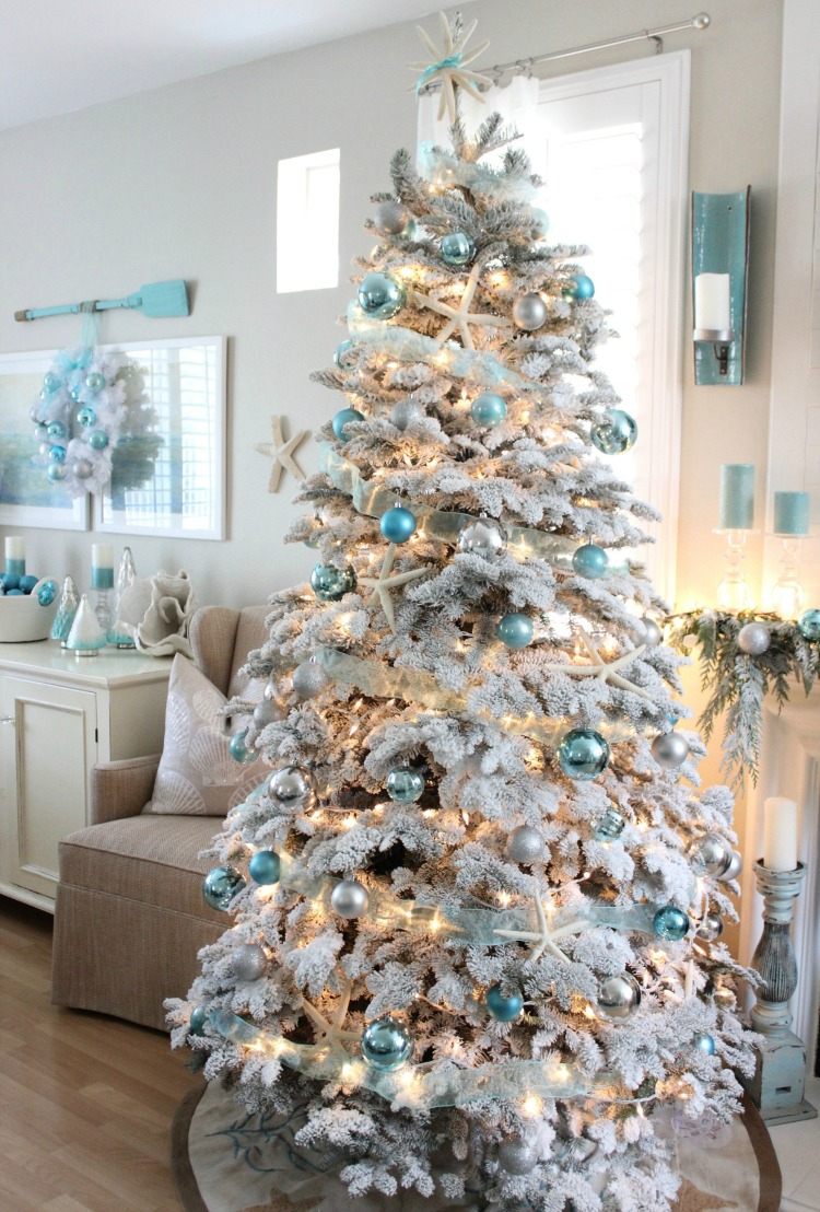 16 Chic Coastal Christmas Tree Ideas Sand And Sisal
