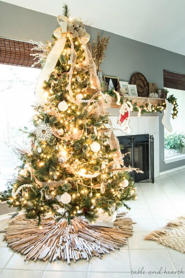 coastal-christmas-tree-skirt-driftwood-24