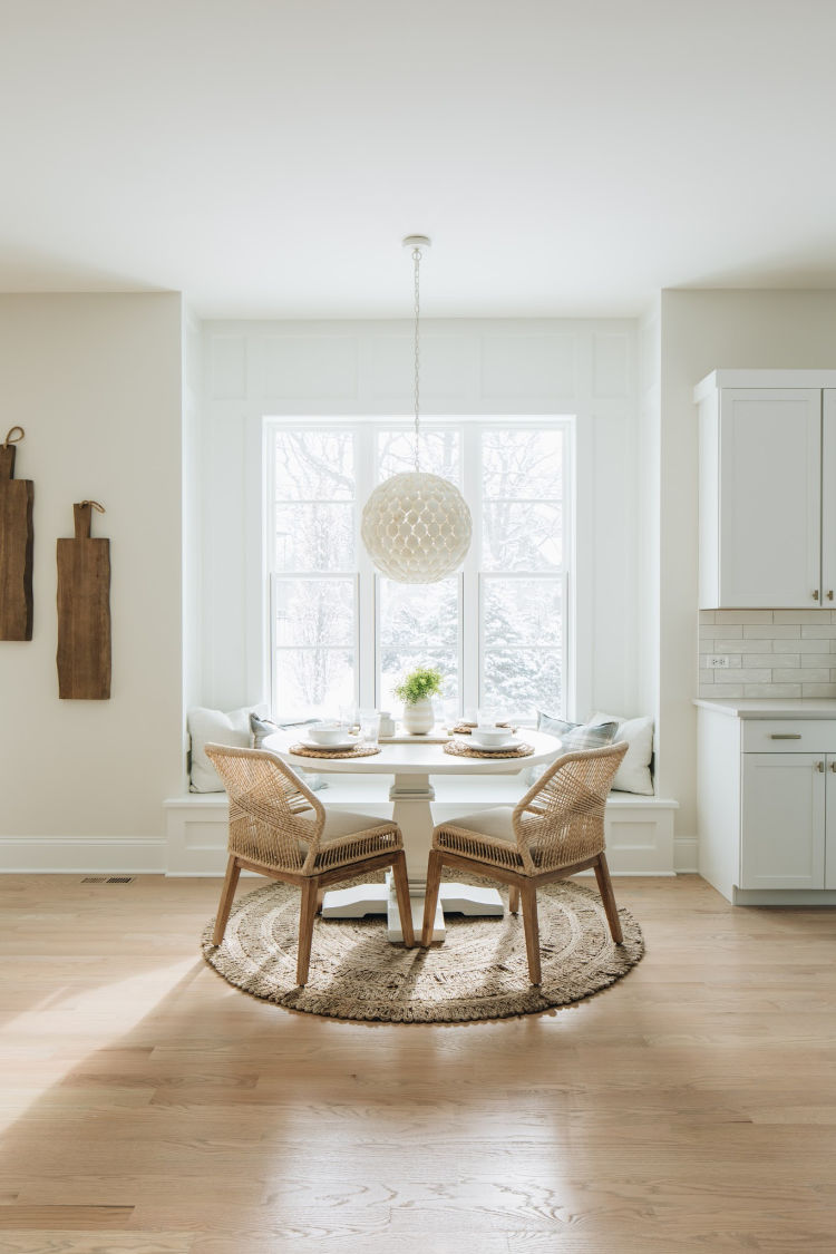 Coastal Farmhouse House Breakfast Nook
