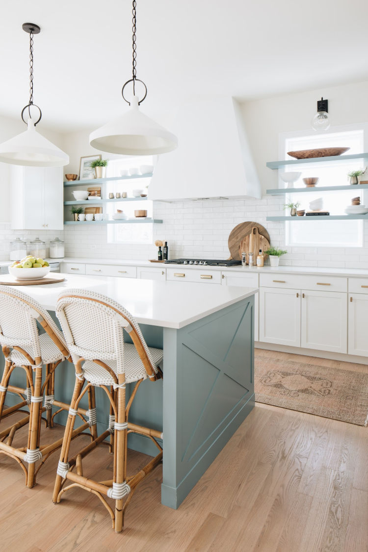 Coastal Farmhouse House Kitchen