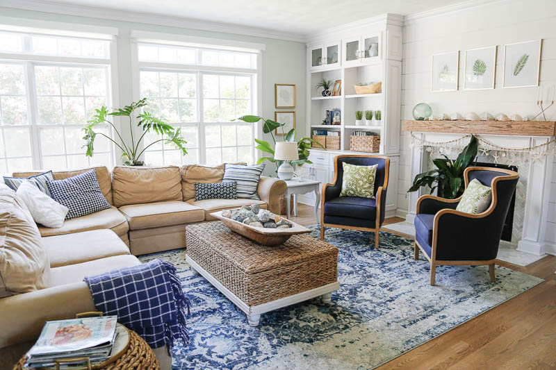 How to Create a Summer Beach House Retreat in Your Living Room