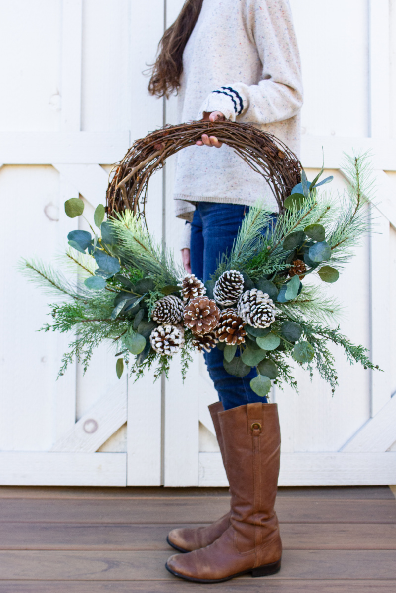 Pinecone Winter Wreath