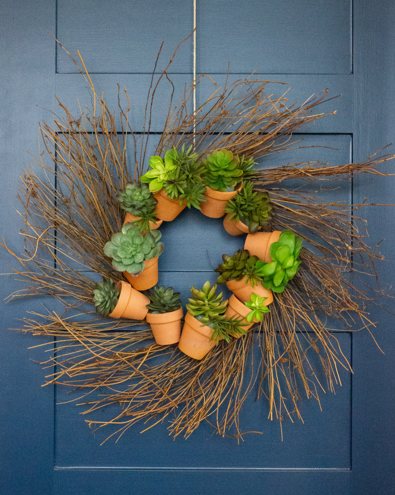 Succulent pot wreath