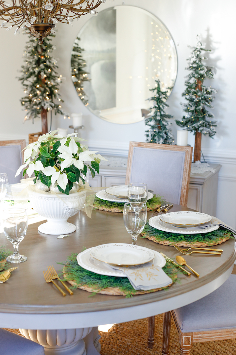 Christmas Dining Room and Table Setting Ideas